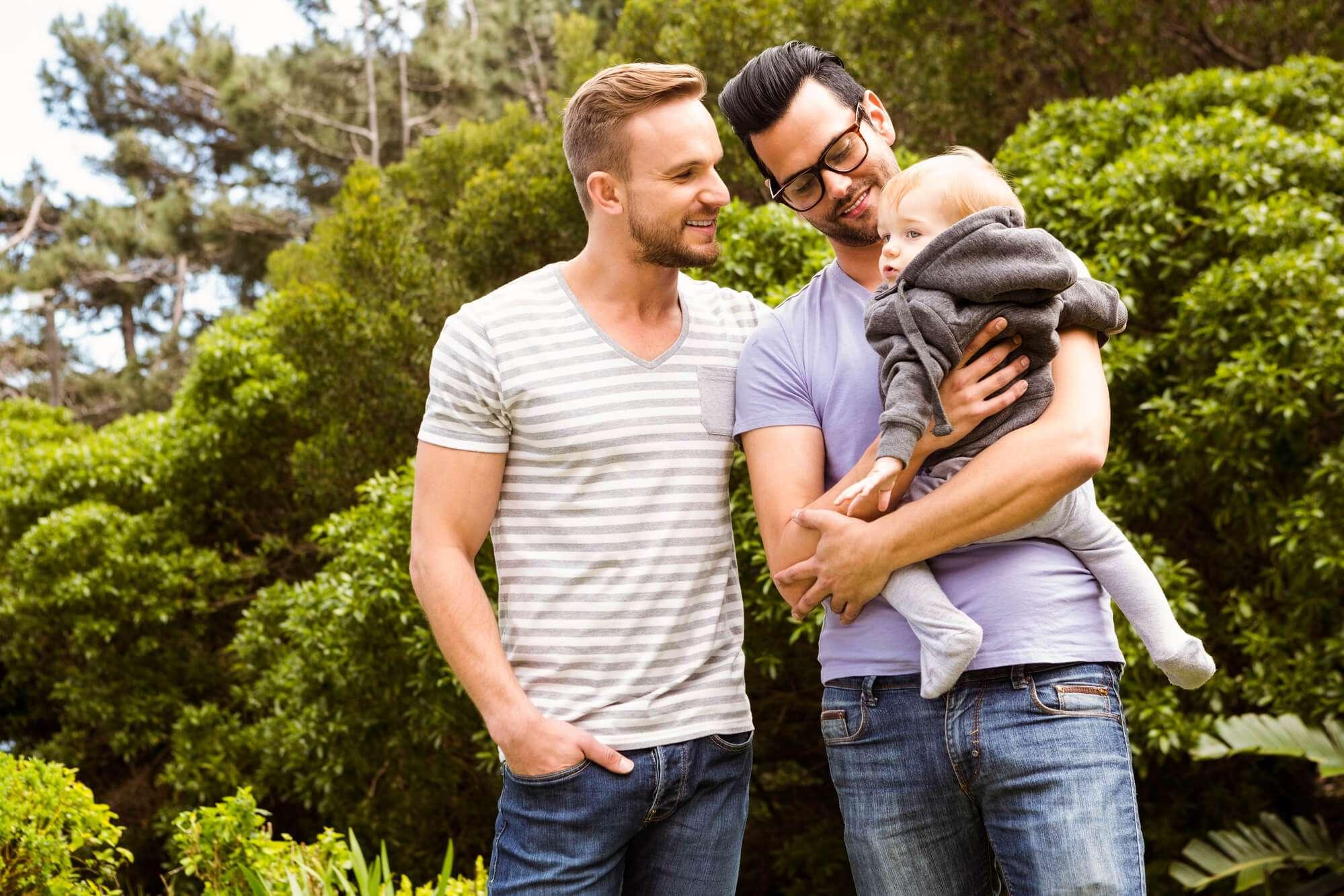Gravidez homoafetiva masculina: veja as opções