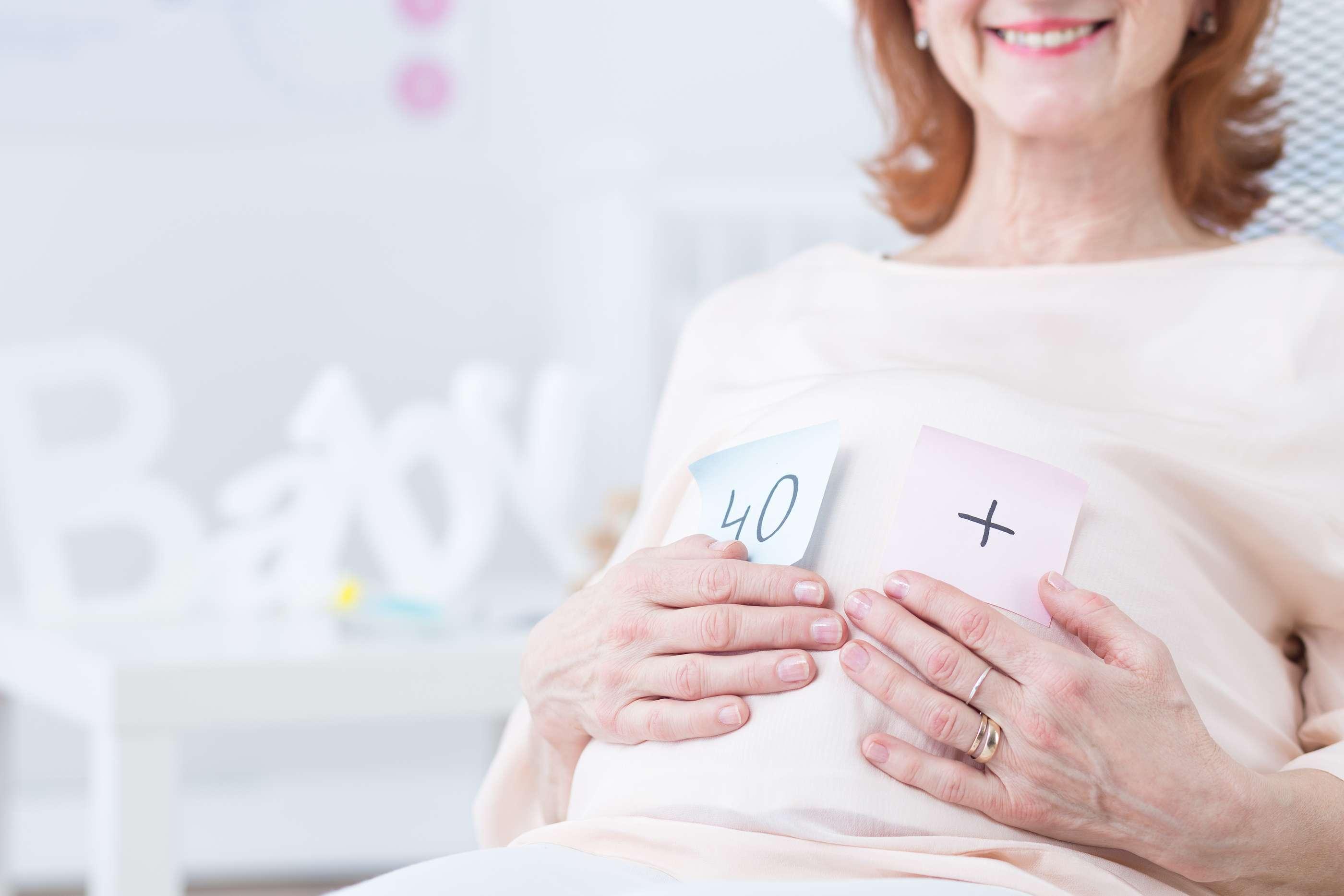 Tenho baixa reserva ovariana! Como posso experimentar a maternidade?