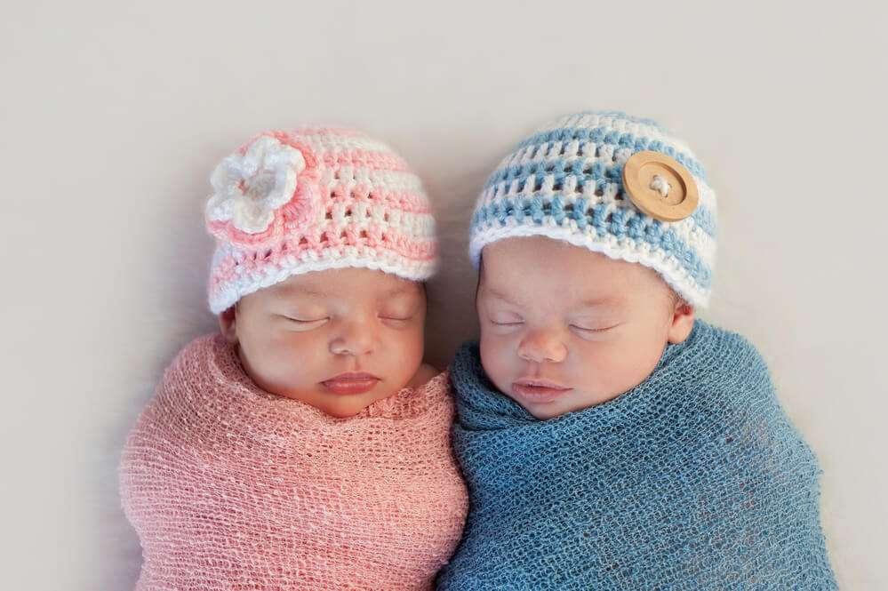A FIV aumenta as chances de engravidar de gêmeos?